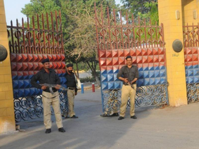 کراچی سینٹرل جیل سے خطرناک قیدیوں کا فرار عملے کی ملی بھگت ہے،علامہ مختار امامی