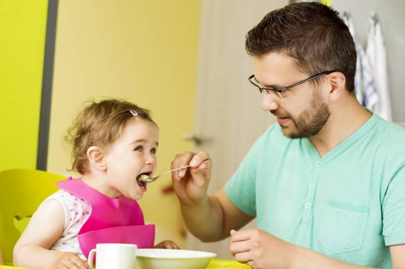 باپ کی شفقت بیٹیوں کی طرف زیادہ ہوتا ہے، تحقیق