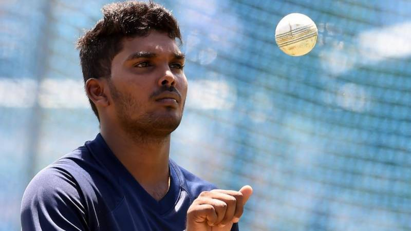 سری لنکن کھلاڑی پہلے ہی میچ میں ہیٹ ٹرک کر نے والے دنیا کے تیسرے بالر بن گئے