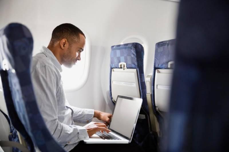 امریکا بدھ کے روز پروازوں پر الیکٹرانک آلات لے جانے پر عائد پابندی اٹھا لے گا