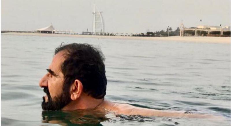 دبئی:بڑھتادرجہ حرارت،امیردبئی سمندرمیں نہانے پہنچ گئے