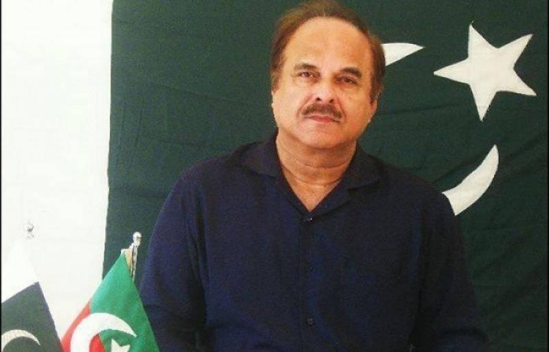 فضل الرحمان کی اصولی سیاست 'رقم' اور 'مفاد' کے گرد گھومتی ہے: نعیم الحق
