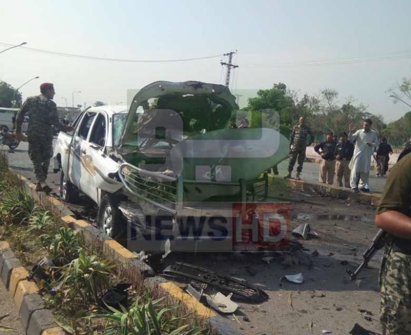 پشاور: حیات آباد میں دھماکا، 2 اہلکار شہید، 10 افراد زخمی