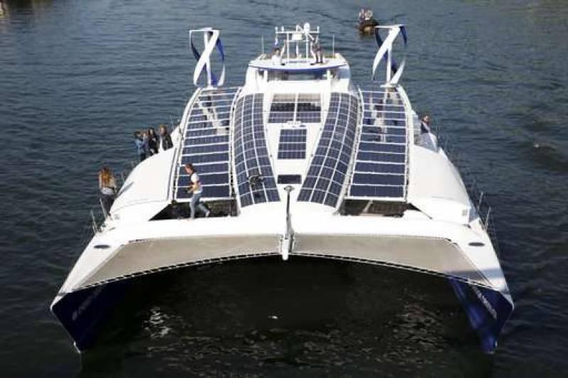 توانائی خود پیدا کرنے والی کشتی دنیا کے سفر پر روانہ