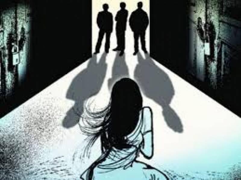 نوجوان لڑکی کو اغواء کرنے کے بعد زبردستی زیادتی کا نشانہ بنا ڈالا, 6 ملزمان کیخلاف مقدمہ درج