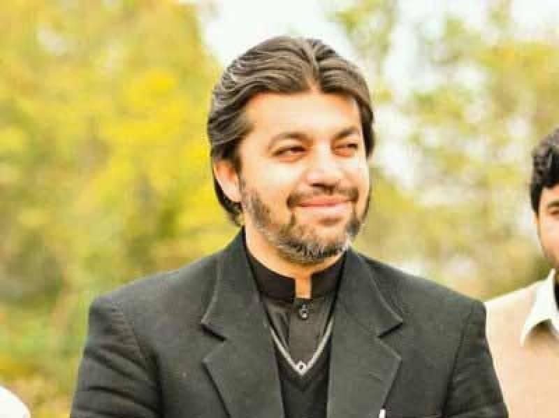 کسی میں ہمت ہے تو عمران خان کو گرفتار کر کے دکھائے، علی محمد خان