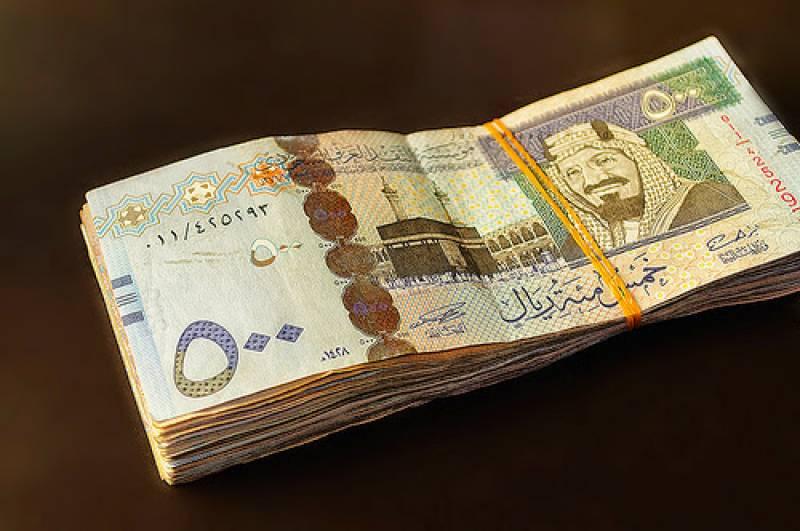 سعودی عرب میں غیر ملکی ورکرز کے اہلخانہ پر بھی ٹیکس عائد