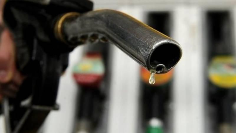 پٹرول کی قیمت میں 3روپے 67پیسے کمی کی سفارش