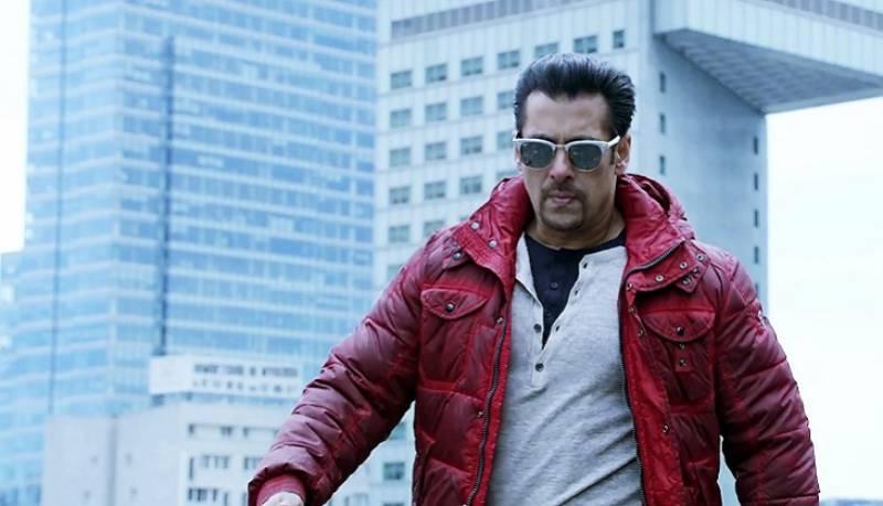 """سپر ہٹ فلم سیریز """"ریس 3"""" میں سلمان خان کی انٹری متوقع"""