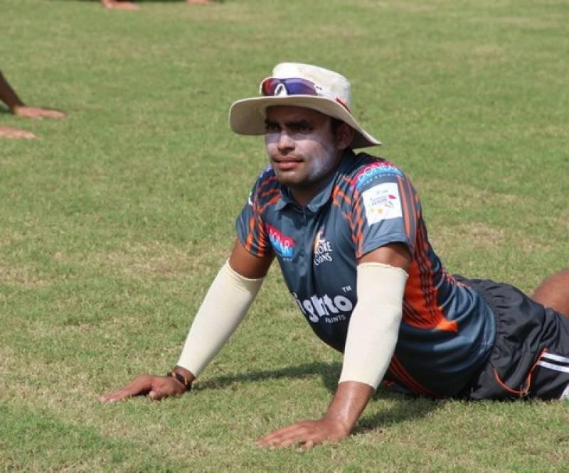 عمر اکمل کا قومی ٹیم میں واپسی کیلئے انوکھا انداز ،لاہور میں سخت پریکٹس شروع کر دی