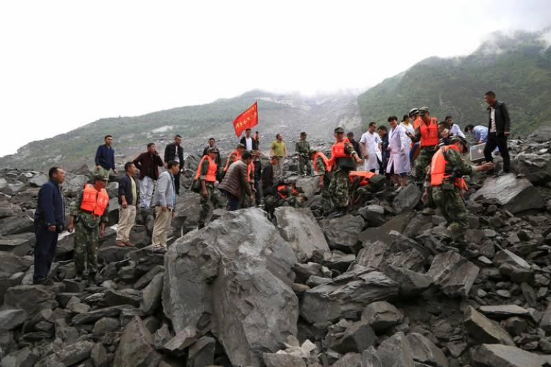 چین میں لینڈ سلائیڈنگ سے 24 افراد ہلاک، متعدد زخمی