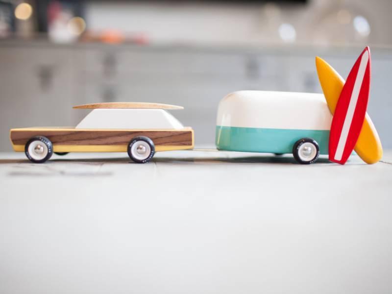 جاپانی کمپنیوں نے لکڑی کی گاڑیاں بنانے پر غور شروع کردیا
