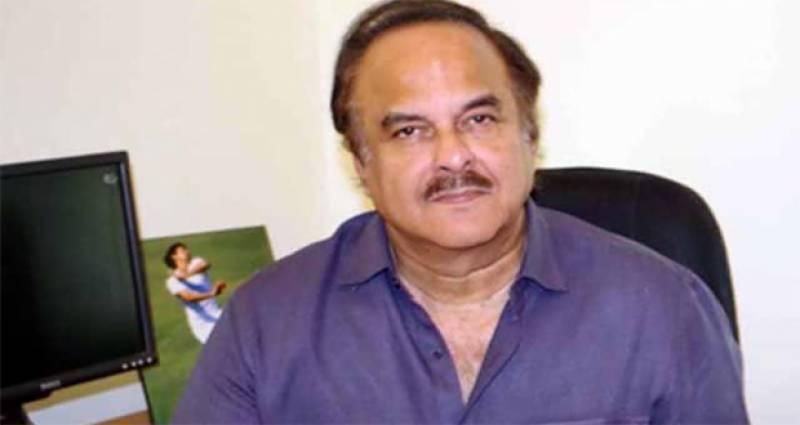 باپ بیٹے کی لاہور یاترا کے اثرات نمودار ہونا شروع ہوچکے ہیں، نعیم الحق