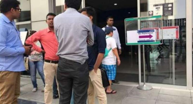 دبئی میٹرو سٹیشن پر ایک شخص کی انوکھی خودکشی