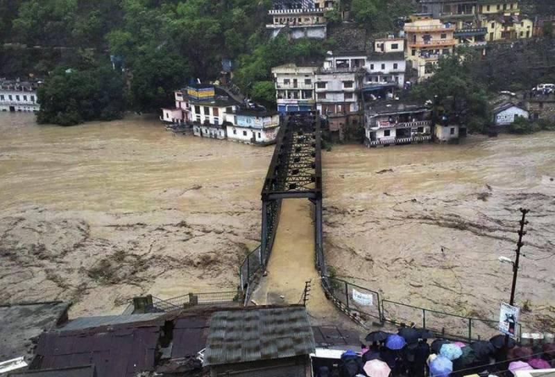 بھارت: تباہ کن سیلاب سے بہار میں 482، اترپردیش میں 101 افراد ہلاک