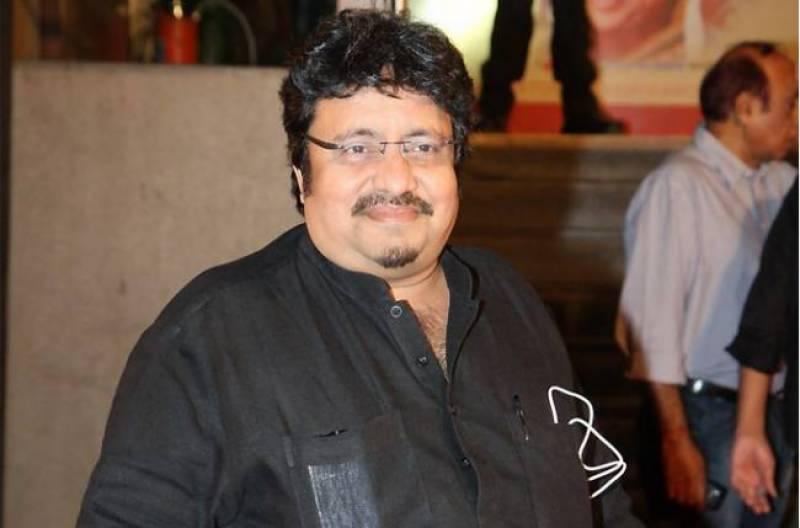 بالی ووڈ کے کامیڈین اداکار و ہدایت کار نیرج وورا 10 ماہ سے کوما میں ہیں