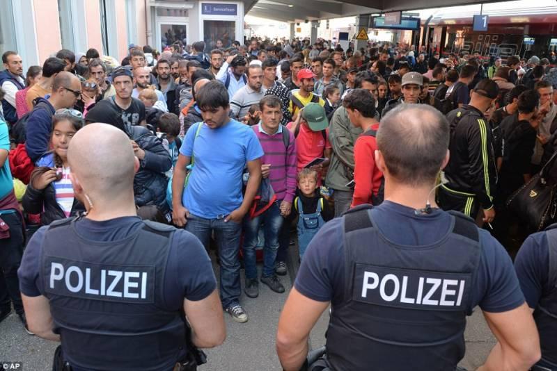 جرمن حکومت کا مہاجرین کو براہ راست ہنگری نہ بھیجنے کا فیصلہ