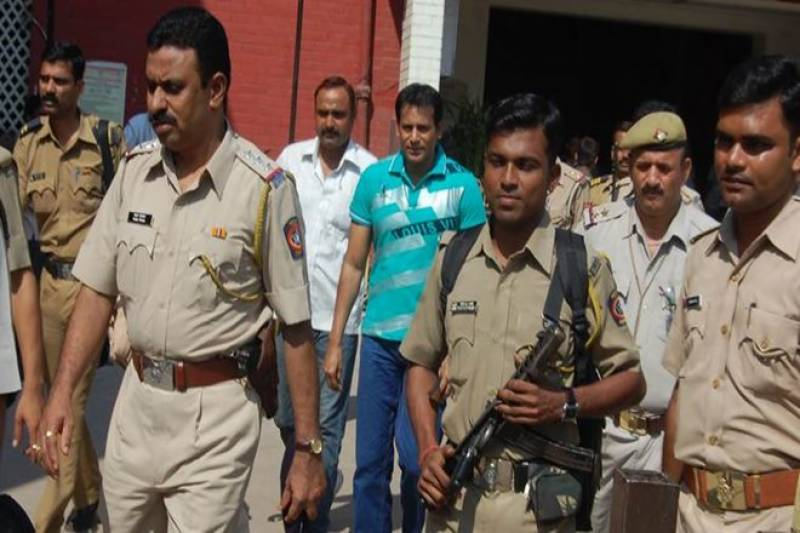 عدالت نے 1993 کے ممبئی حملوں کے 2 مجرموں کو سزائے موت سُنا دی