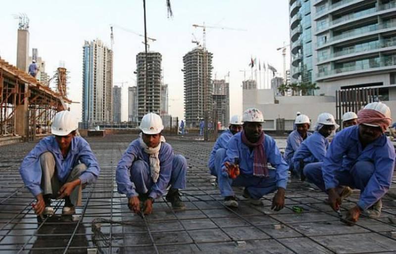 کویت: دوپہر کے وقت مزدوروں سے کام لینے کی پابندی ختم