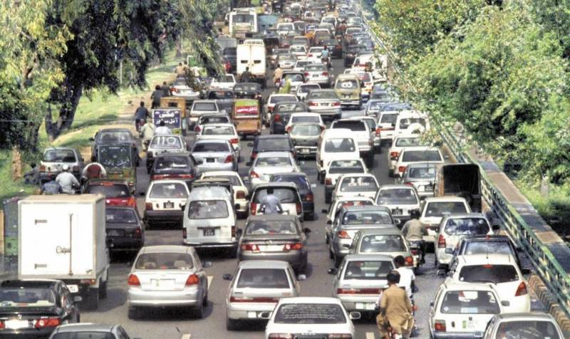 پاکستان میں کاروں کی فروخت 25 فیصد بڑھ کر 22 ہزار یونٹس ہوگئی