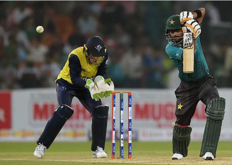 پاکستان نے ورلڈ الیون کو جیت کیلئے 175 رنز کا ہدف دیدیا