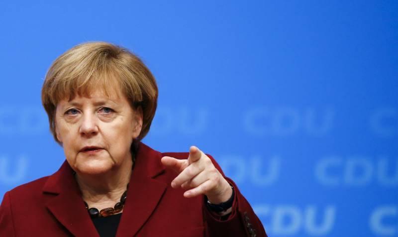 جرمن چانسلر کی ترکی کےلئے ہتھیاروں پر پابندی کی مخالفت