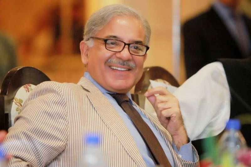 جمہوریت میں فیصلے پارلیمنٹ میں ہوتے ہیں سڑکوں پر نہیں، شہباز شریف