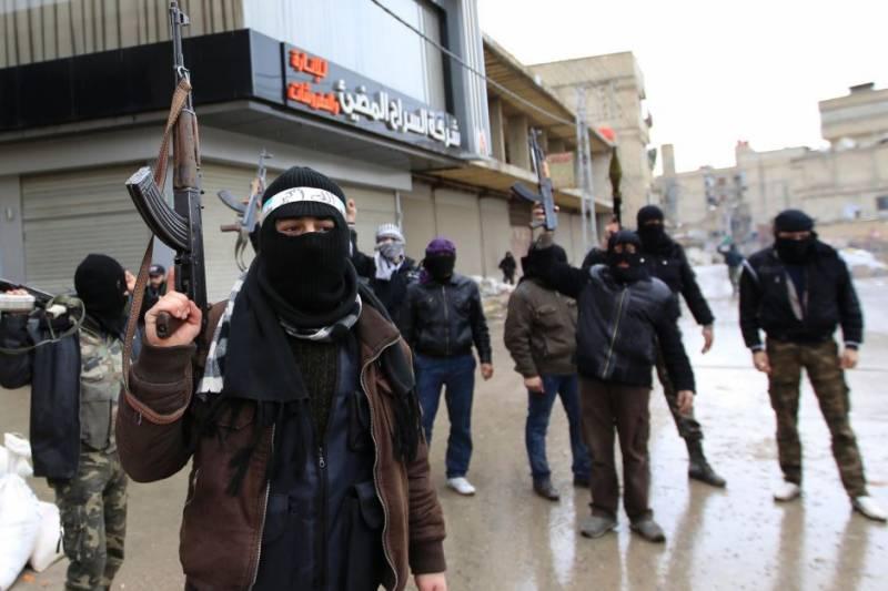 ایران شام میں لڑائی کے لیے پاکستانی اور افغان شیعہ بھرتی کر رہا ہے،امریکی فاﺅنڈیشن