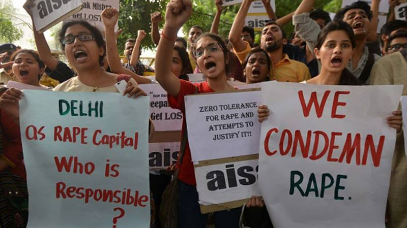 بھارت میں خاتون کے ساتھ زیادتی کے الزام میں ایک اور بابا گرفتار
