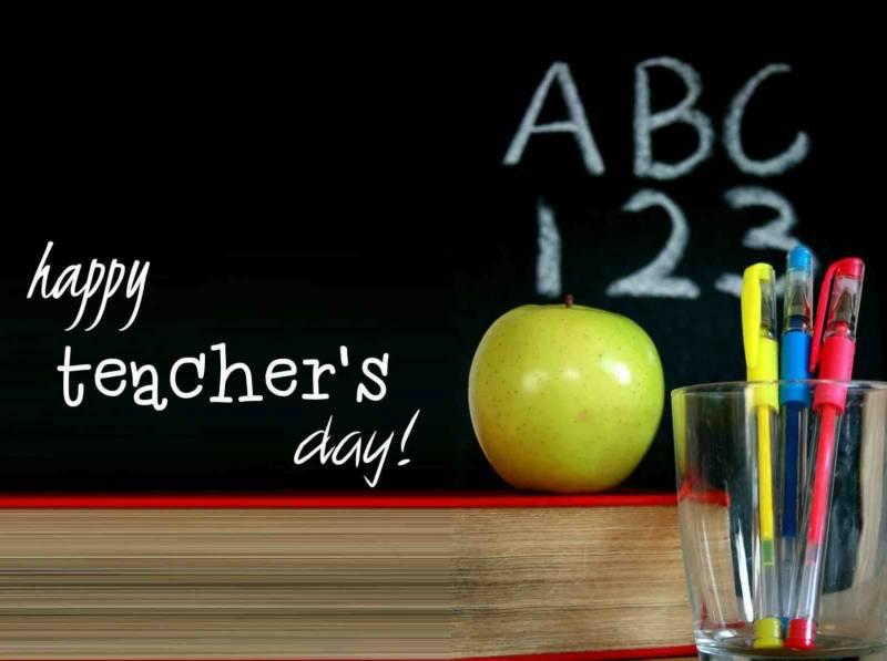 پاکستان سمیت دنیا بھر میں اساتذہ کا عالمی دن منایا جا رہا ہے