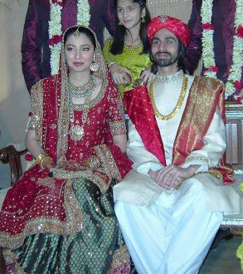 کم عمر ی میں شادی کرنے والے معروف پاکستانی اداکار