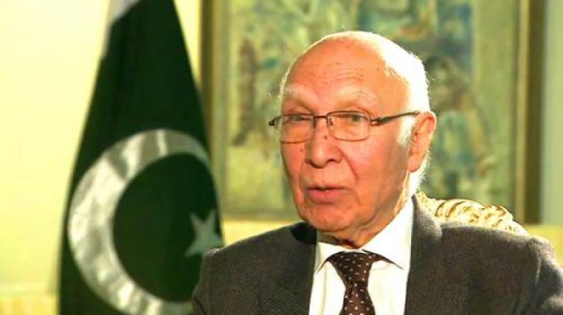دس سال کے دوران پاکستان بلند ترین شرح نمو پر ہے : سرتاج عزیز