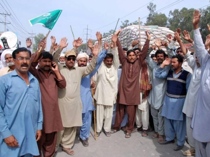 مطالبات کے حق میں نکالی گئی کسان تنظیموں کی ریلی کا آج تیسرا روز