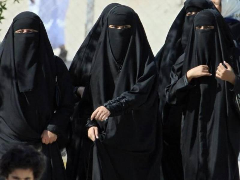 سعودی مائیں اپنی موت کے بعد غیر ملکی اولاد کے مستقبل سے خوفزدہ