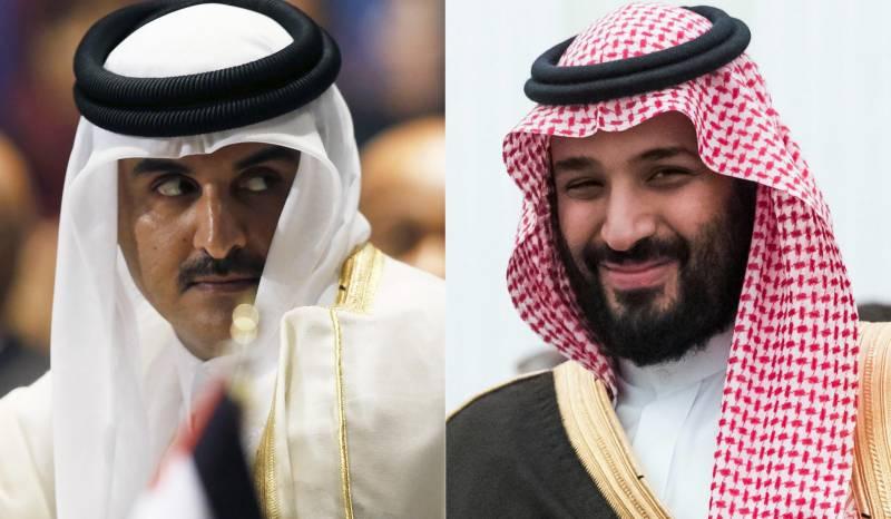 خلیجی تنازع کا فوجی حل خطے کی تباہی کا باعث بنے گا، امیر قطر