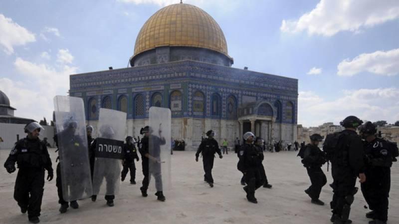 71یہودی آباد کاروں اور اسرائیلی فوج کی مسجد اقصیٰ کی بے حرمتی