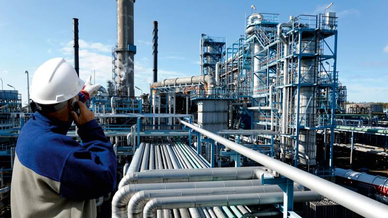 عالمی مارکیٹ میں تیل کی قیمتوں میں اضافہ