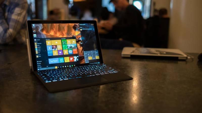 مائیکروسافٹ کا سر فس پرو لیپ ٹاپ یکم دسمبر کو متعارف کرایا جائیگا