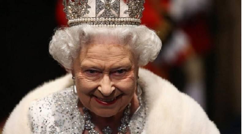 آف شور کمپنیوں پر ملکہ الزبتھ معافی مانگیں : برطانوی اپوزیشن لیڈر