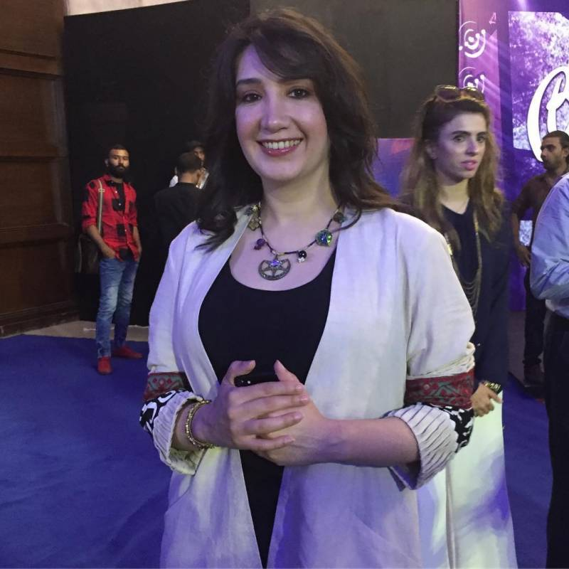 معروف پاکستانی گلوکارہ نے نکاح کاایسا طریقہ اپنا لیا کہ جان کر آپ بھی دنگ رہ جائیں گے
