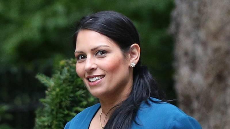اسرائیلی وزیراعظم سے ملاقات کرنے پربرطانیہ کی وزیر مملکت کو بر طرفی کا سامنا
