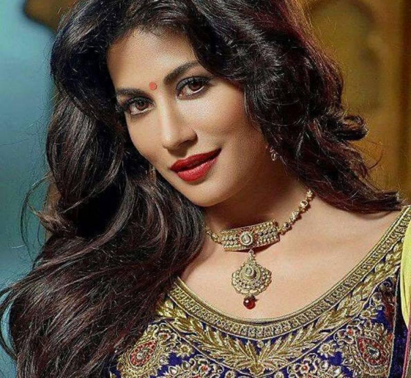 """چترنگدا سنگھ فلم """"صاحب بیوی اور گینگسٹر 3 """" اور فلم """"بازار """" میں 2 مختلف روپ میں نظر آئیں گی"""