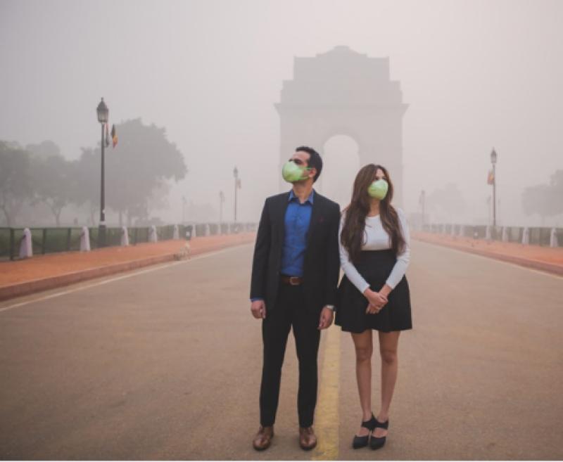 بھارتی شہری نے سموگ کا ا ایسا استعمال کر دیا کہ دنیا حیران رہ گئی
