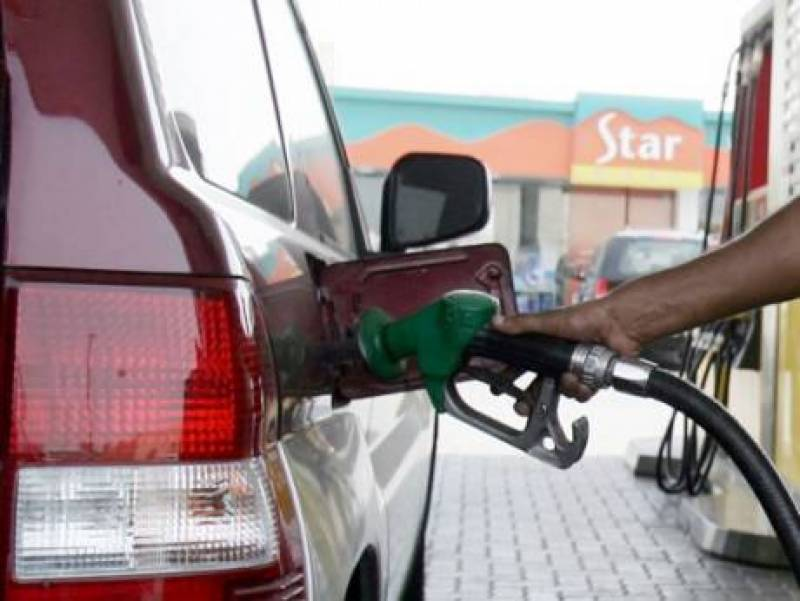 2018میں تیل کی قیمتیں بڑھنے کا غیر ملکیوں پر اثر پڑے گا، ماہرین
