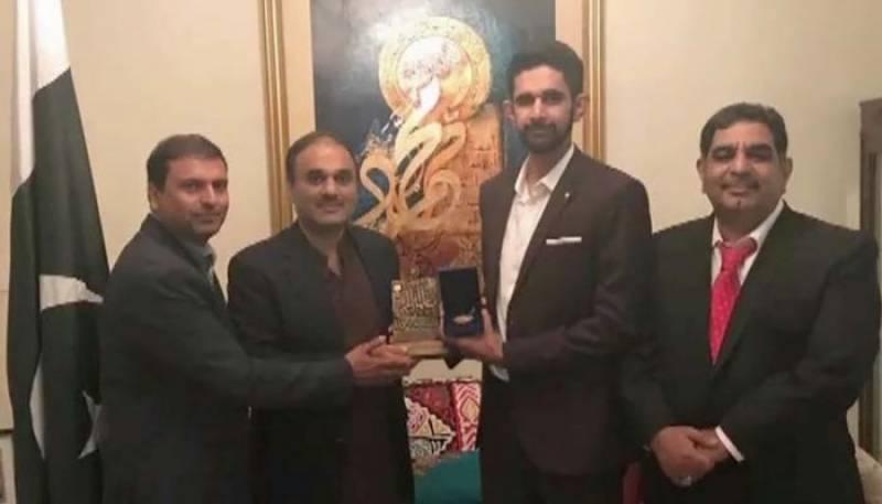 کینیڈا کا سب سے بڑا تعلیمی ایوارڈ پاکستانی نوجوان کے نام