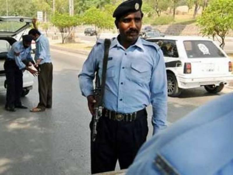 وفا قی پولیس نے مختلف کا رروائیوں کے دوران دو عورتو ں سمیت 19 ملزمان کو گرفتار کر لیا