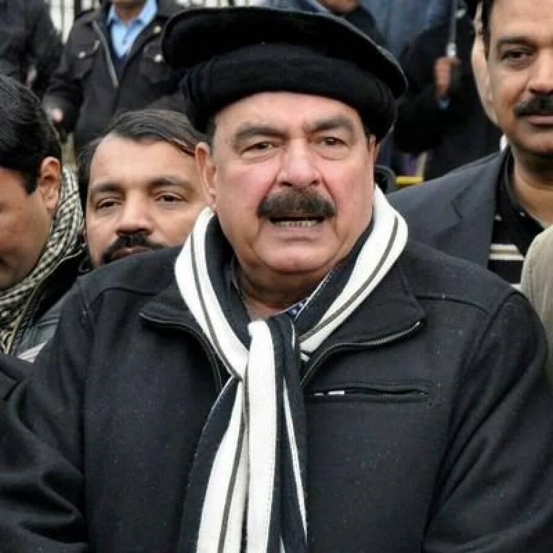 سپریم کورٹ کے فیصلے سے شیخ رشید اتنے خوش ہو گئے کہ انہوں نے عمران خان کو شادی کا مشورہ ہی دے ڈالا