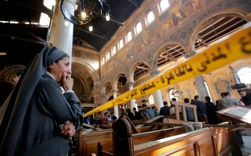 مصر میںچرچ اور شاپنگ سینٹر پر حملے، 12 افراد ہلاک
