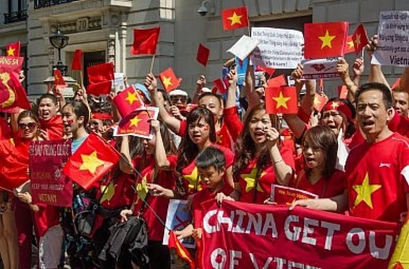 ہانگ کانگ میں بھی چین مخالف مظاہرے شروع ہو گئے