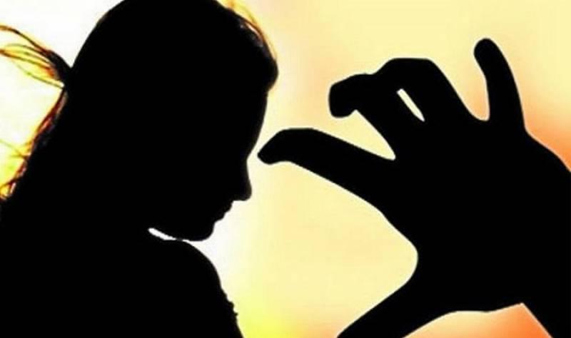 سرگودھا: تصور آباد میں 18سالہ لڑکی مبینہ زیادتی کے بعد قتل
